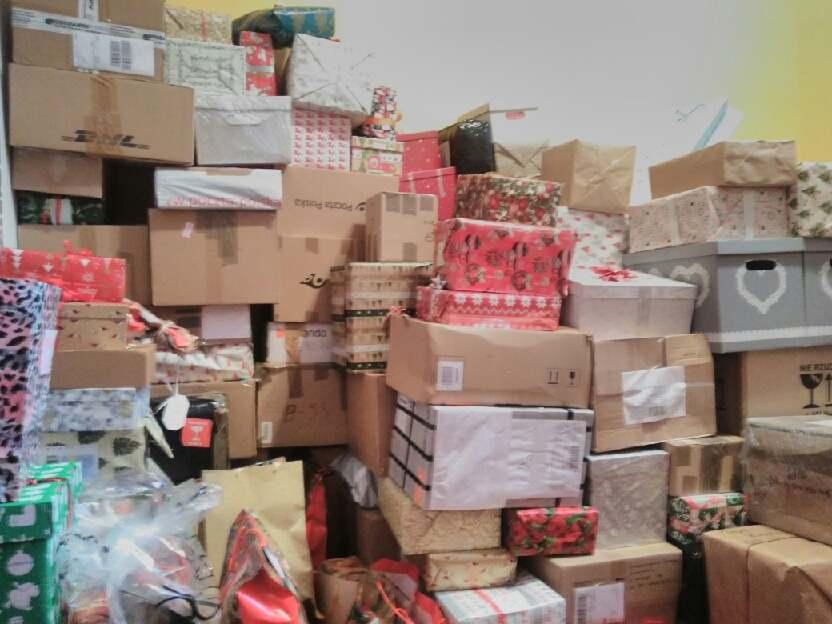 1600 paczek trafi do warszawskich Domów Pomocy Społecznej